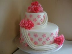 Pink and White Wedding Cake4 (W040)